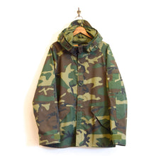 Load image into Gallery viewer, U.S. Military - ECWCS Gore-tex Woodland Camo Jacket