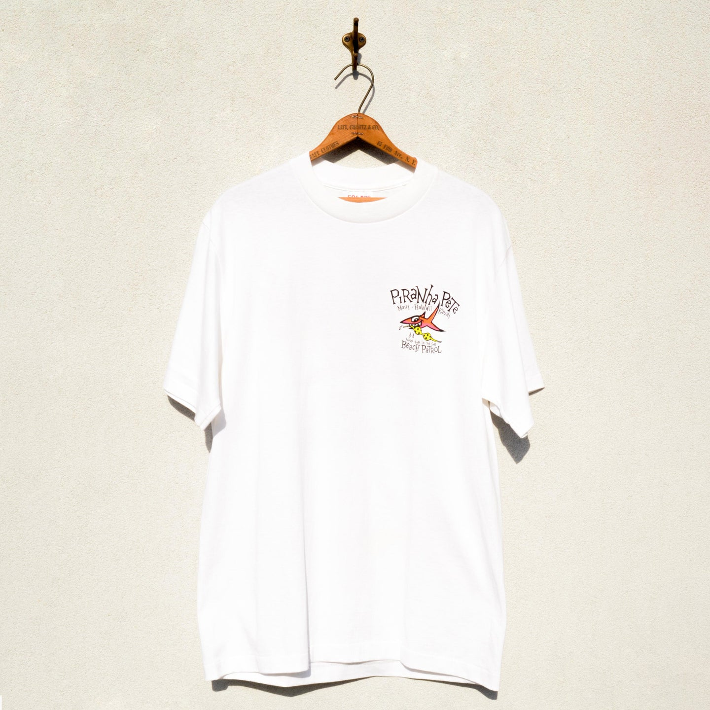 TEE JAYS - Piranha Pete Hawaii Souvenir Tee Shirt