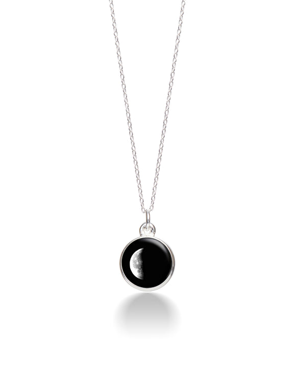 Moonglow Charmed Simplicity Necklace - 3D