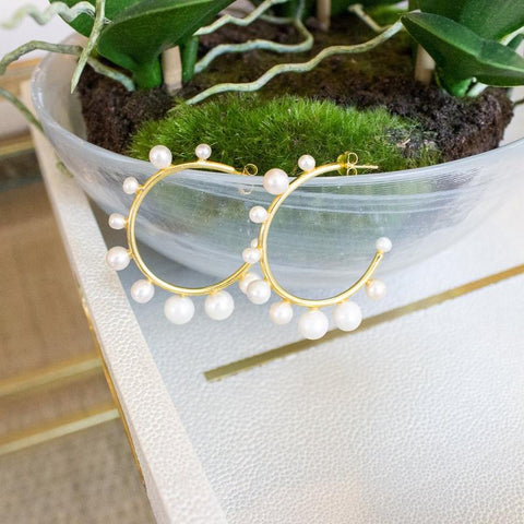 MEDIUM PEARL HOOPS