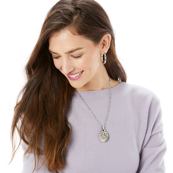 CONTEMPO SHELL TEARDROP NECKLACE