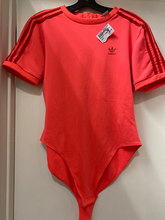 Load image into Gallery viewer, Adidas Short Sleeve Top Size Large