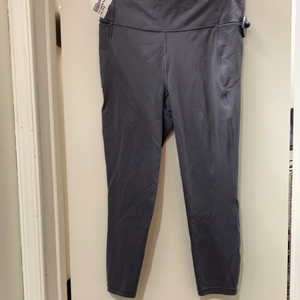 Lululemon athletic pants size 7/8