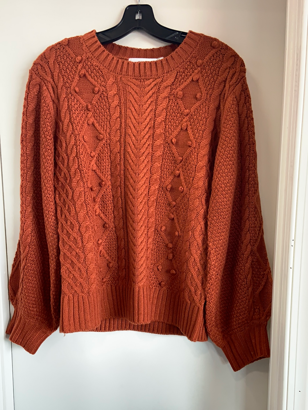 Just Fab Sweater Size Small