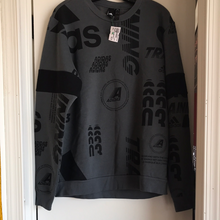 Load image into Gallery viewer, Adidas Sweatshirt Size Large