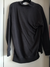 Load image into Gallery viewer, Aerie Sweatshirt Size Medium