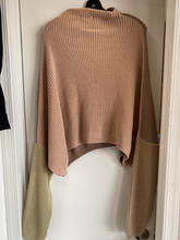 Load image into Gallery viewer, Pretty Little Things Sweater Size Small