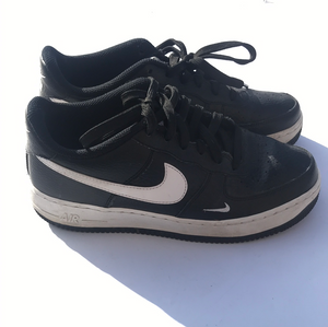 Nike Athletic Shoes Womens 8