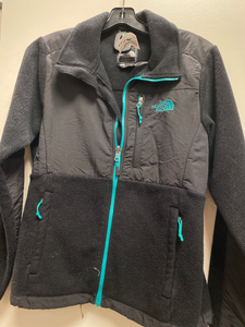 North Face Outerwear Size Small
