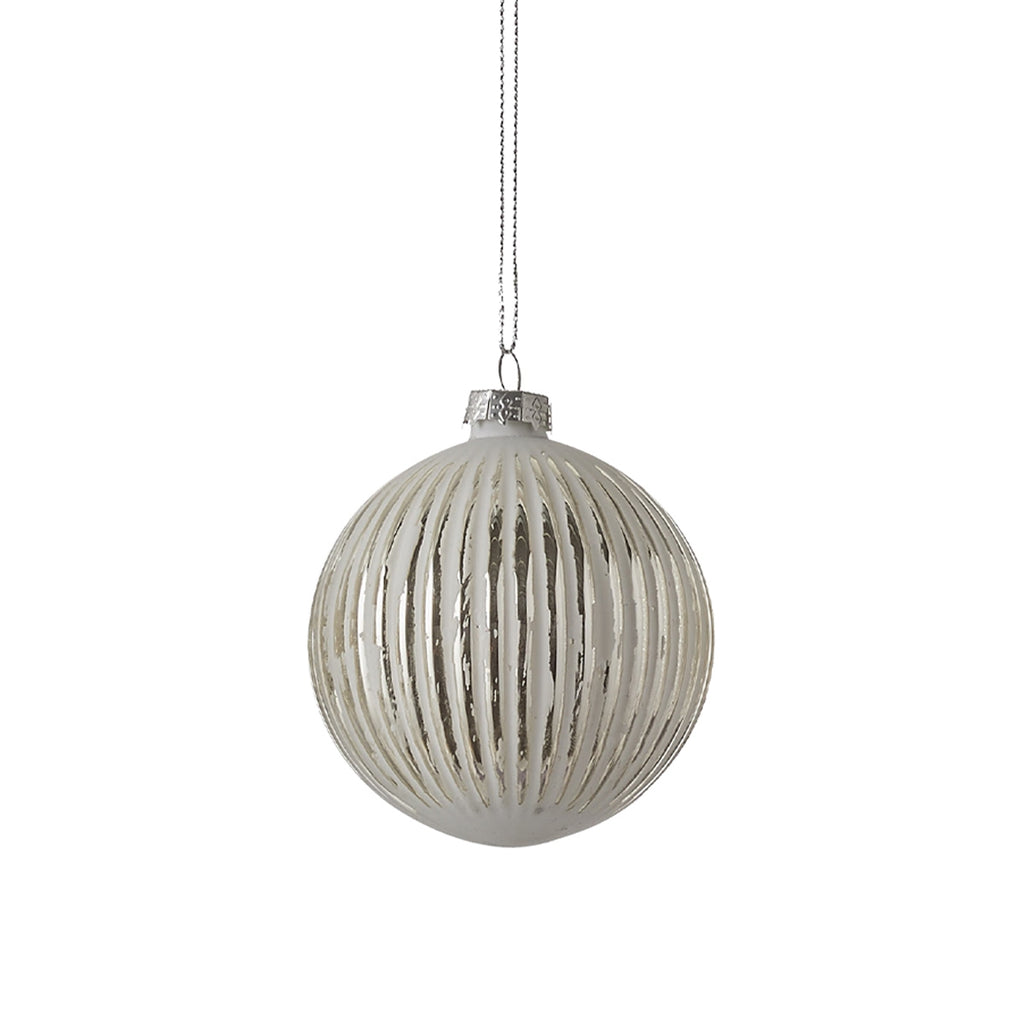 Ornament Ball Silver Line pattern