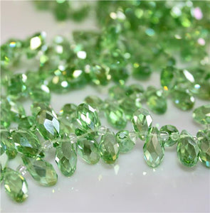 20 x FACETED TEARDROP CRYSTAL GLASS PENDANTS 13mm x 6mm TOP DRILLED GREEN 'AB'