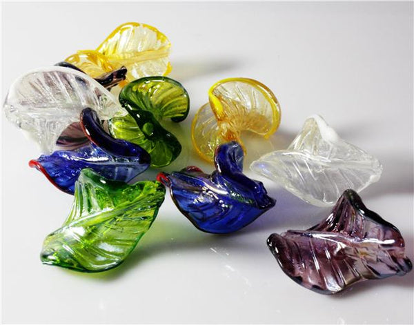 LAMPWORK GLASS TWIST LEAF BEADS  26mm x 31mm 8 PER BAG