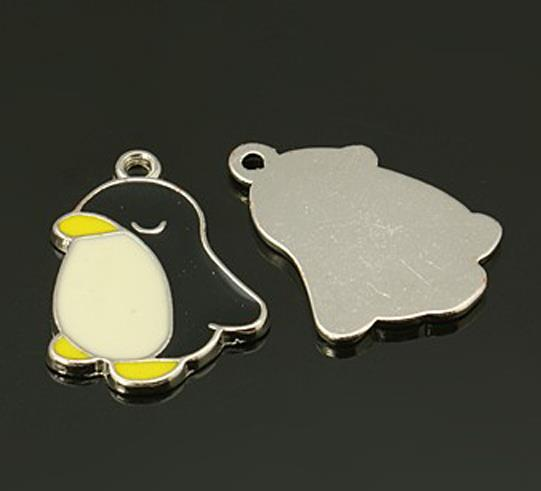 4 x PENGUIN ENAMEL CHARMS PENDANT 22mm x 16mm TOP QUALITY C62