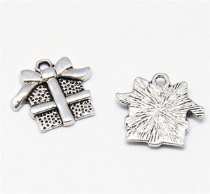 15 XMAS PRESENT CHARMS PENDANTS BRIGHT TIBETAN SILVER 16mm TOP QUALITY C9
