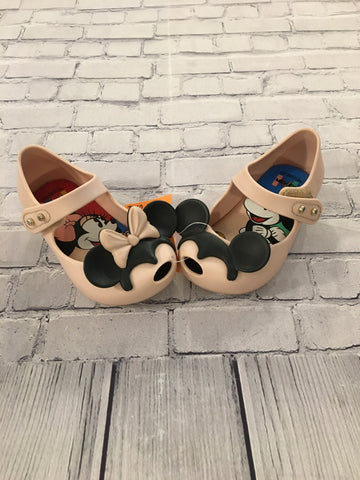 Infant Shoes. Size 5. Mini Melissa