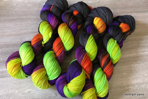Radiant Crescendo - Tesseract Worsted - In Stock
