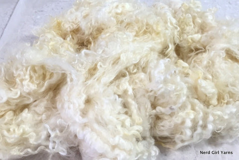 White Cotswold Washed Fleece - 2oz incremements