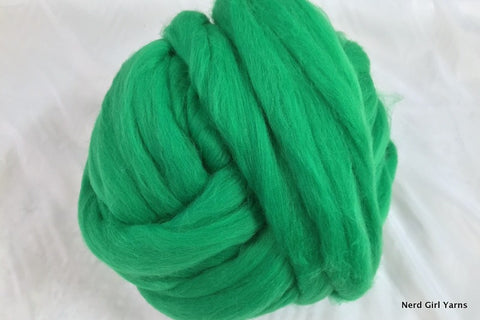 Destash! Merino Commercial Combed Top - Kelly Green