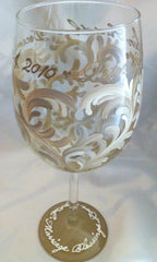 TAN SWIRL WINE GLASS
