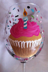 HAPPY BIRTHDAY CUPCAKE WINE GLASS