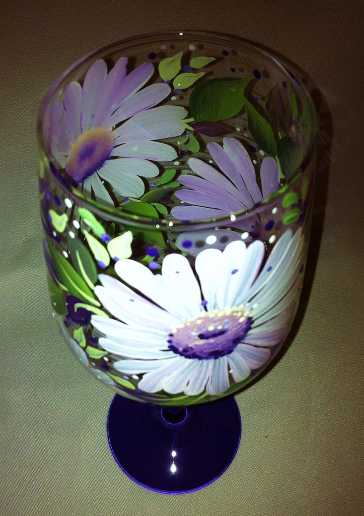 ANOTHER DAISY WINE GLASS