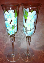 SWIRL DESIGN BRIDE & GROOM TOASTING FLUTES