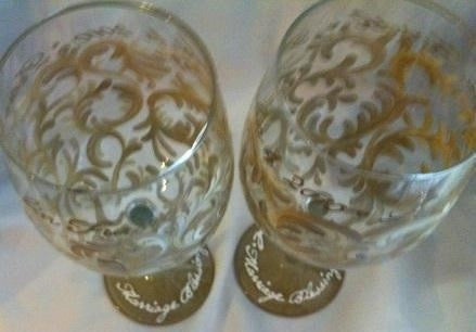 ANNIVERSARY WINE GLASS  Set of  2