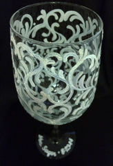 WHITE GLITTER SWIRL WINE GLASS
