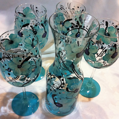 ZEBRA CARAFE AND WINE GLASS SET of 4 glasses