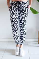 Mila Drop Crutch Pant - Black/White