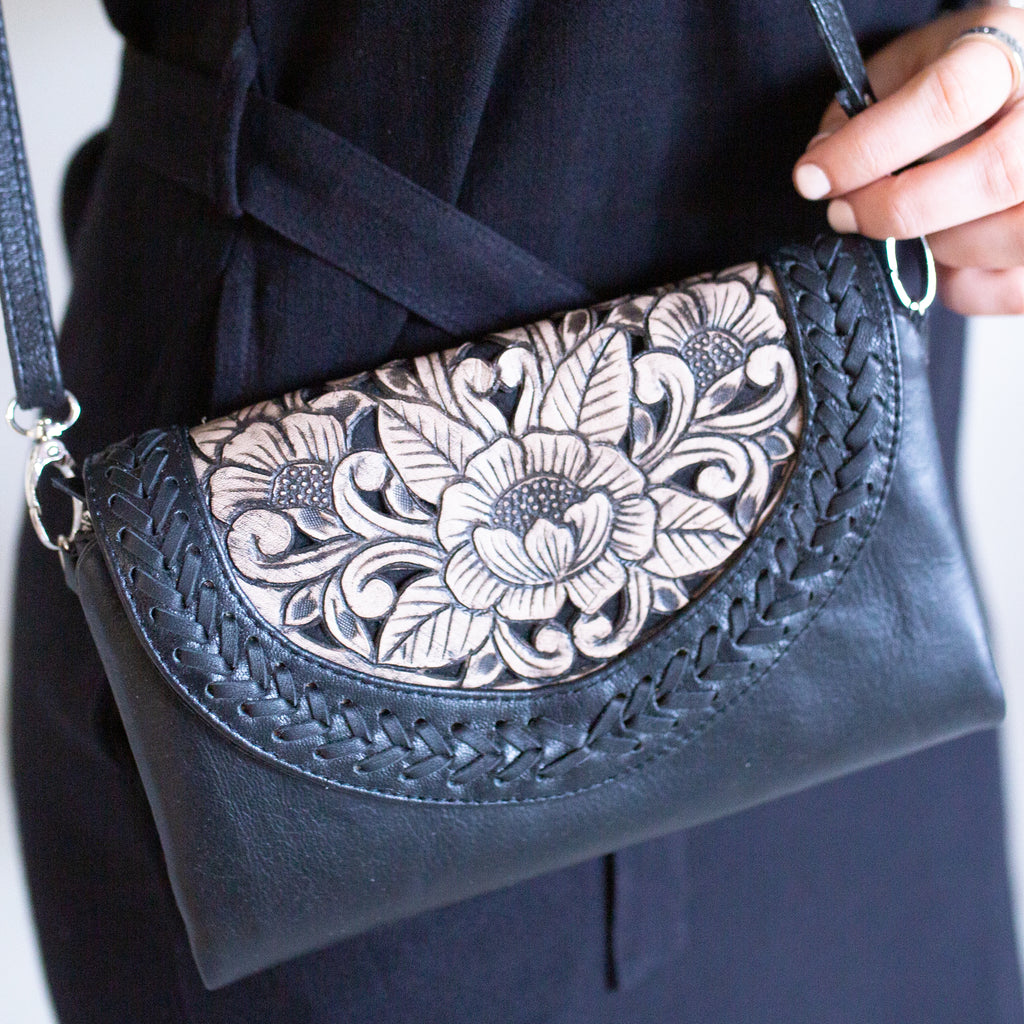 Leather Sling Purse- Black