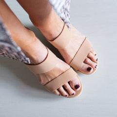 Peta Wedge- Taupe