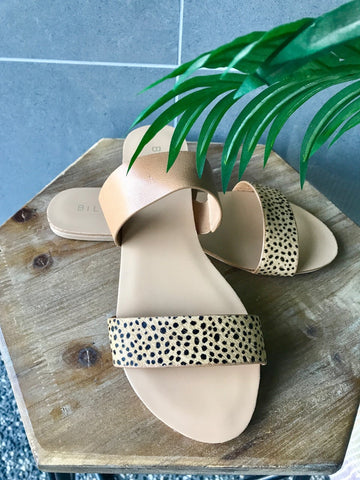 Mantel Slide- Tan Leopard