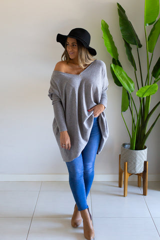 Bailey V Oversized Knit - Grey