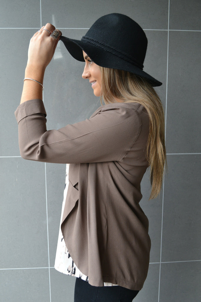 Harriet Light Weight Jacket- Cappucino