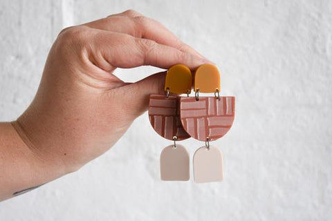 Pink Nade Earrings - Tan/Taupe/Terracotta