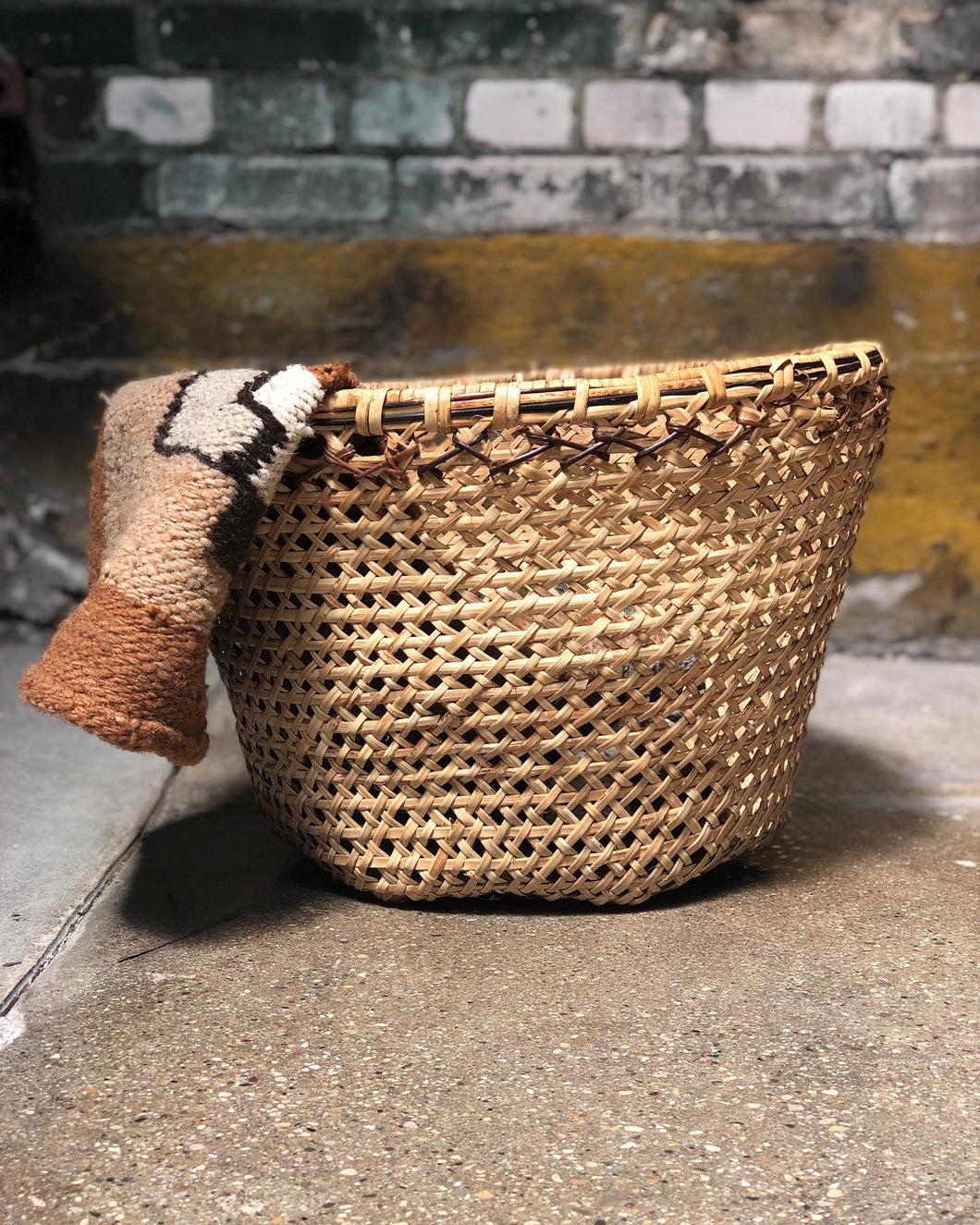 Large Wicker Basket / Planter