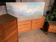 Load image into Gallery viewer, Mid-Century Bedroom Set w/ Mirror