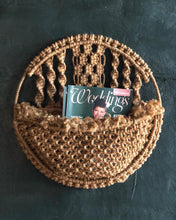 Load image into Gallery viewer, Macrame Magazine Holder / Planter