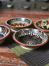 Load image into Gallery viewer, Small Ceramic Mexican Bowl Set (4)