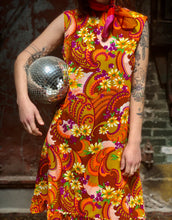 Load image into Gallery viewer, Psychedelic Shift Dress