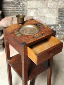 Old Cigar Stand