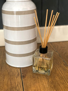 Nora's Reed Diffuser