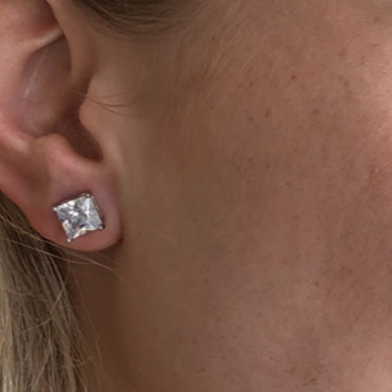 Glamour 1 1/4 Carat Square Cut CZ Stud Earring