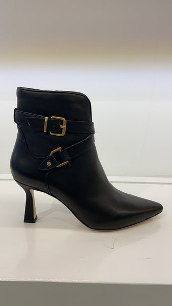 LC Heel bootie with straps