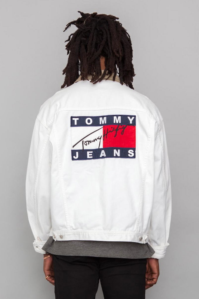 90 39 s vintage tommy hilfiger white denim logo jacket real. Black Bedroom Furniture Sets. Home Design Ideas
