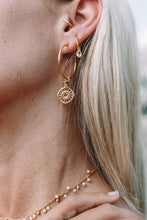 Load image into Gallery viewer, Lillie Drop Earrings