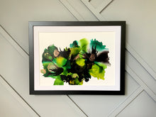 Load image into Gallery viewer, Green Floral