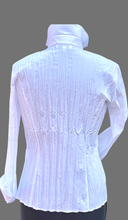 Load image into Gallery viewer, SE -  JUST WHITE Crash Blouse White II