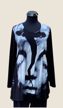 Load image into Gallery viewer, AINO/RALSTON INGRID BLACK AND WHITE Tunic